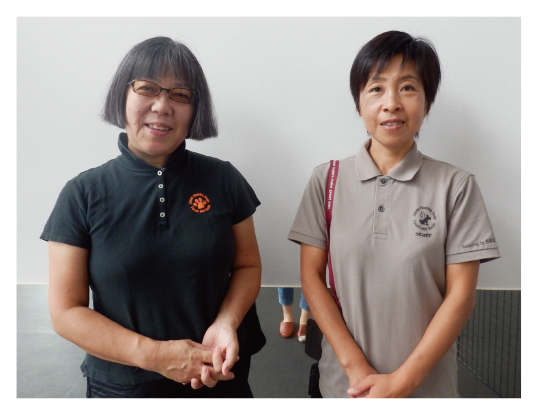 会長の有馬さんとスタッフの矢澤さん